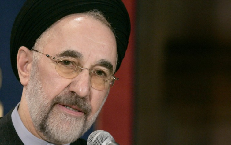 Extreme right against Khatami, why?