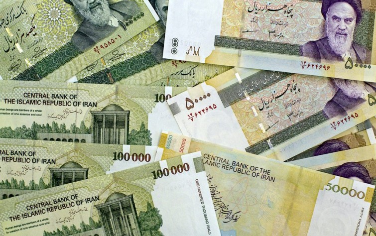 Strikes, protests and clashes grip Iran as its currency is on the verge of collapse