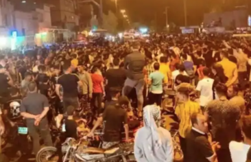 Protests Over Water in Ahwaz: Ongoing Crises and Unfulfilled Solutions