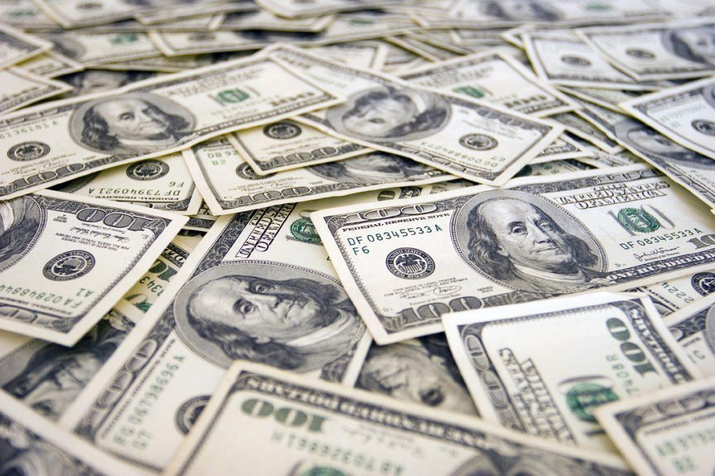 Iran's Ban on USD Circulation: Economic Interest or Work of Drama?