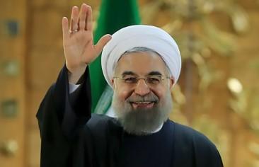 روحانی دوباره پیش از انتخابات دست به دامن جوانان شد