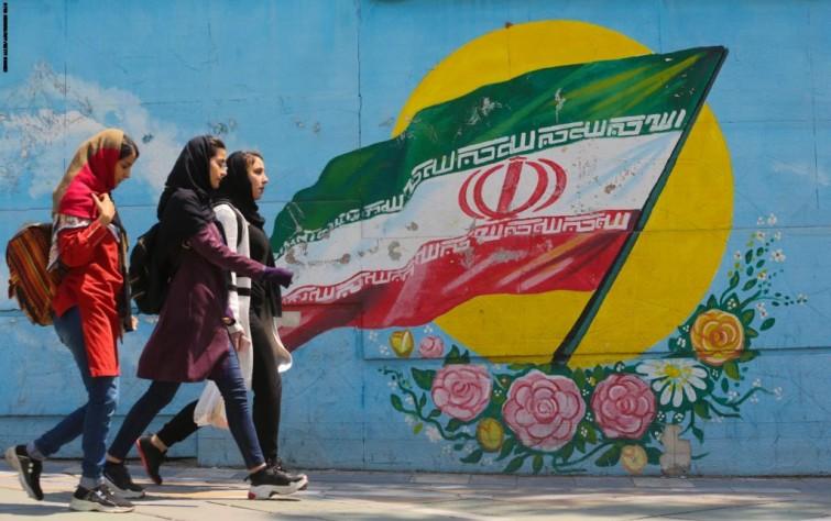 ابعاد فرهنگی و توسعه ای مفهوم شهروندی در ایران
