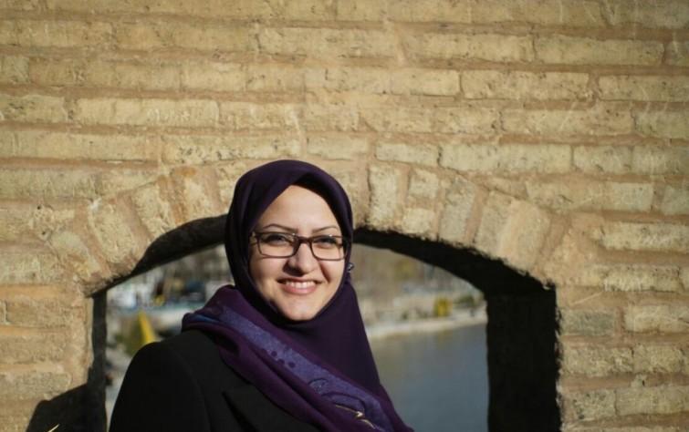 مينو خالقي، نائب أصفهان التي يرفض مجلس صيانة الدستور إدخالها البرلمان