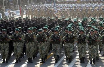 المداحون المتجهون إلى دمشق يدعون لإيران