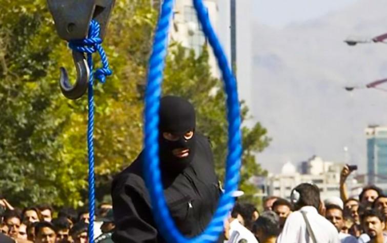 """""""العفو الدولية"""" تحذّر من إعدامٍ وشيك لشابَّة إيرانية"""