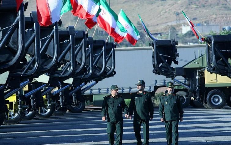 الحرس الثوري ينوي الاستحواذ على صفقة بناء السفن.. والحكومة تردّ