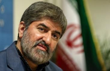 (الصحافة الإيرانية 6 ديسمبر): مخاوف من الحكم الذاتي بخراسان.. وروحاني: كل خطوات الاتفاق النووي بالتشاور مع المرشد