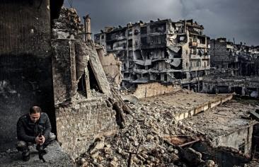 السيطرة على حلب وتداعياتُها الاستراتيجية