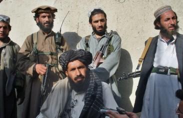 """إيرانيون يلتقون قادة """"طالبان"""" في هلمند.. وإخطار زنجاني بحكم إعدامه"""