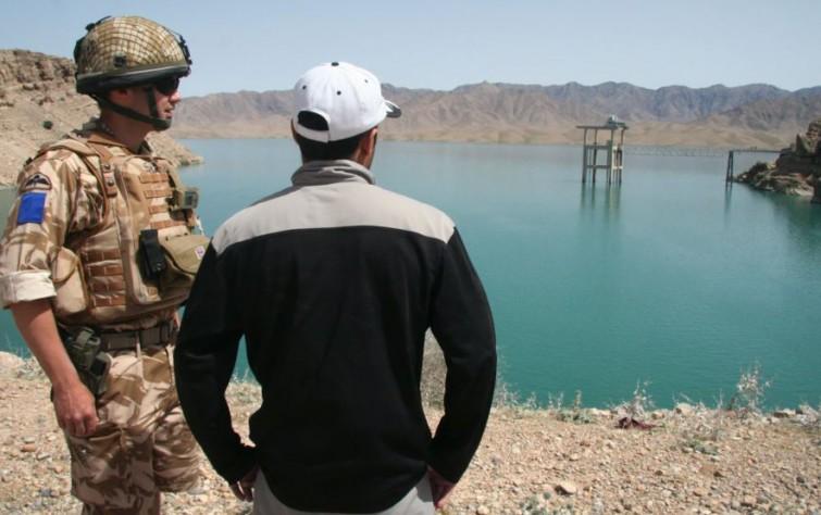 """أفغانستان تتّهم إيران باستخدام """"طالبان"""" لتقويض مشاريع المياه"""