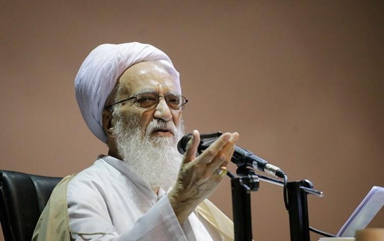 كرماني علي عرش رفسنجاني في مجمع التشخيص