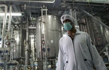 على ترامب وقف البرنامج النووي السري لإيران