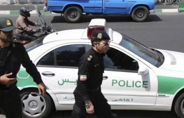خامنئي يعين قائدا جديدا للجيش.. وصالحي يهدد باستئناف تخصيب اليورانيوم