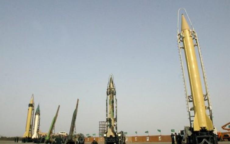 الحرس في قلب كل إيراني.. والعالم لا يثق بأمريكا