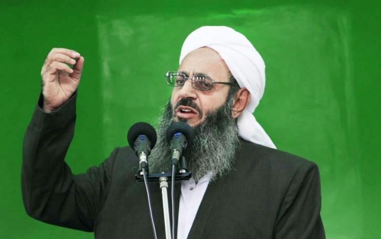 إمام جمعة أهل السنة: الدستور الإيراني يحتاج إلى تغيير