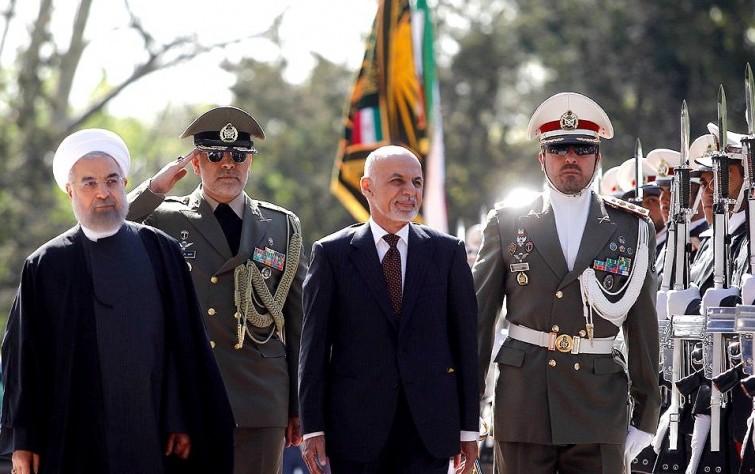 """""""الشيوخ"""" الأفغاني يطلب استدعاء السفير الإيرانيّ بشأن مقتل أفغان في سوريا"""