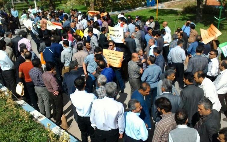 يوم المعلِّم الإيراني.. احتجاجات ومطالب