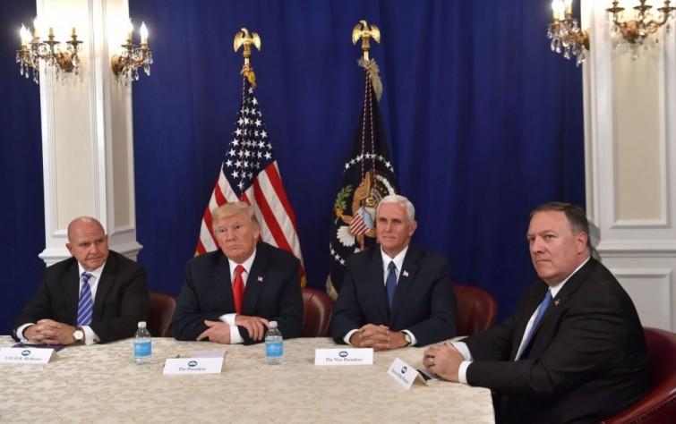 عوامل القوة والضعف في الاستراتيجية الأمريكيَّة تجاه إيران