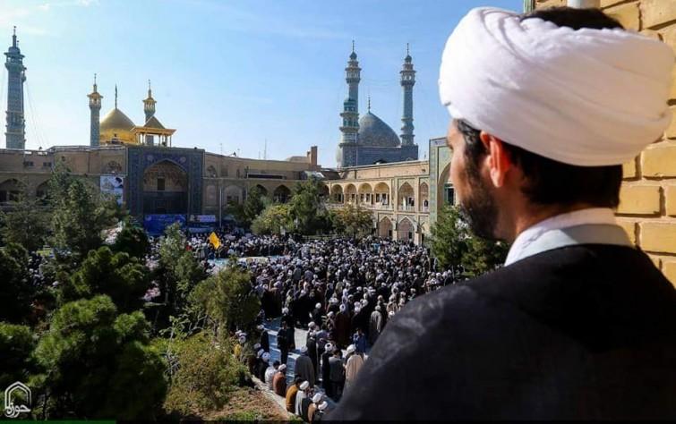 العلمانية والحوزة: تحوُّلات التديُّن الإيراني.. دراسة في مقاربات التيَّارات العلمانية وتأثيرها على الدولة