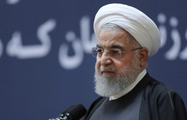 تلميحات روحاني للسلام تلقى رواجًا ضئيلًا داخل إيران