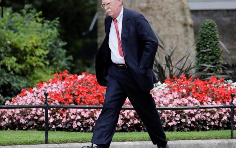 رحيل جون بولتون.. ما تأثيرُه على ملفّ إيران؟