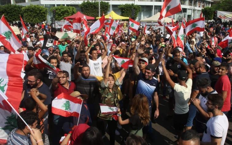 المجتمعات الثائرة: الاحتجاجات الشعبية في لبنان والعراق ومآلات مشروع إيران الإقليمي