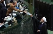 ملامح الميزانية الإيرانية المقبلة.. نموّ مضلّل وإشارات إلى تذمُّرٍ شعبي قادم