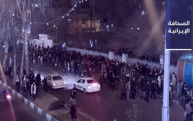 رفسنجاني يطالب بإصلاح ثقة الشعب..  و«أخبار صنعت»: يا روحاني.. إلى متى تريد أن تبقى جاهلًا بالأمور؟