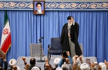طهران بين معادلتَي الإصلاح والتطرُّف