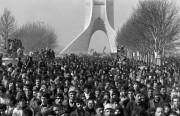 نهضة اقتصاد الثورة الإيرانية.. دراسة المسبِّبات الهيكلية للإخفاق