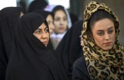 الحجاب في إيران بين ثنائية الأيديولوجيا والسياسة