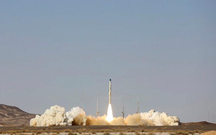أحلام إيران الفضائية: خطيرة وواضحة