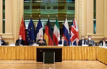 دلالات رفع العقوبات المالية الأمريكية على إيران في خضم مفاوضات فيينا
