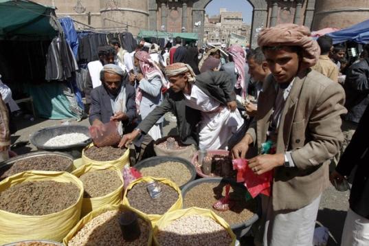 yemen-economy-inflation-650_416-20121230-112150