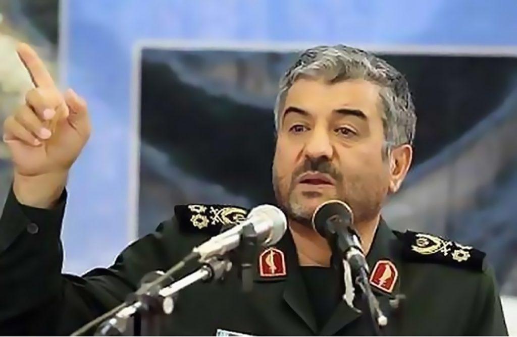 """هل يدرك قادة الحرس الثوري معنى """"ألف كيلومتر""""؟"""