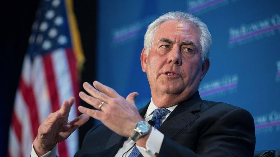 وزير الخارجية الأمريكي: سندعم الإيرانيين ليستعيدوا وطنهم من نظام الخميني