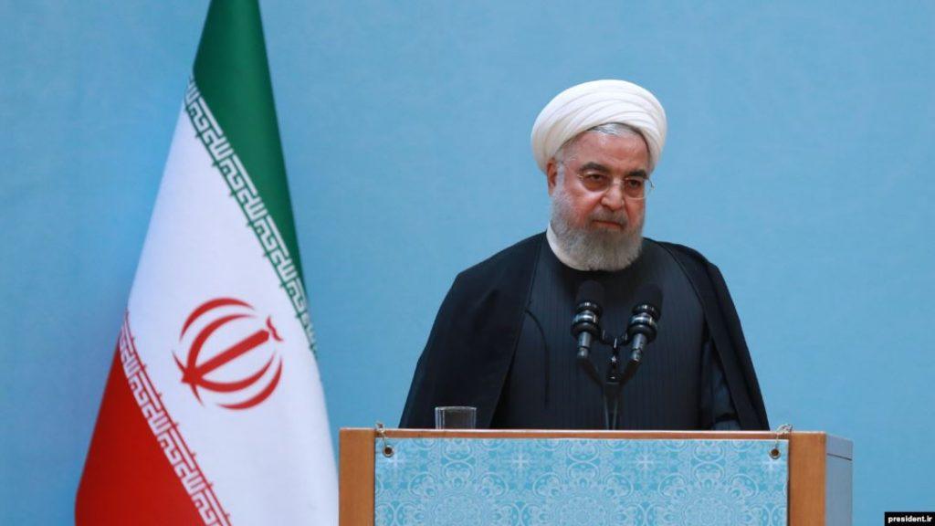 برلمانيٌ إيراني يهاجم الرئيسَ روحاني ويصفُه بـ «النفوذي»