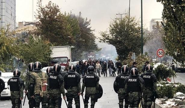 قوات-الشرطة-الإيرانية