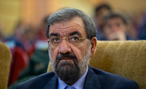 رضائي يهاجم روحاني بسبب «امرأة بندر عباس».. ورئيس البلدية: لن أستقيل