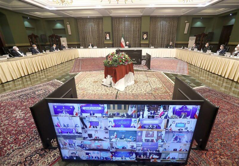 الهيئة الوطنية لمكافحة «كورونا» في إيران، في اجتماعٍ برئاسة الرئيس روحاني