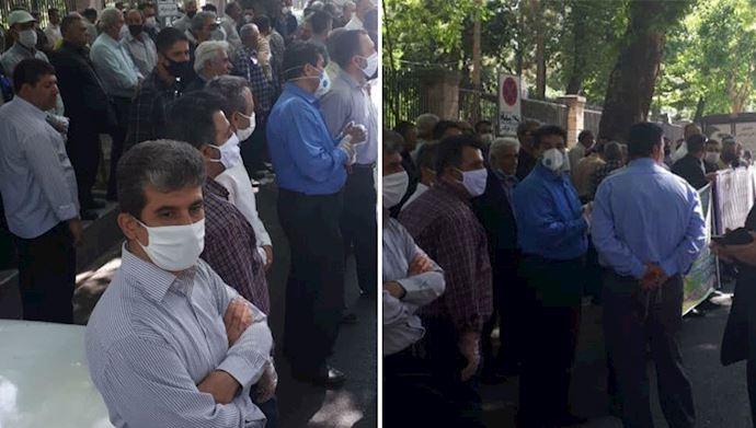 تجمع-عمال-شركة-حافلات-طهران-أمام-مبنى-مجلس-المدينة
