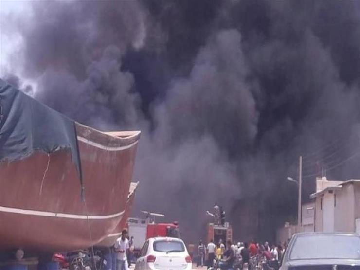 اشتعال النيران في 6 وحدات تجارية بمدينة كلاتشاي في جيلان