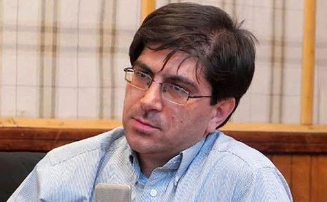 برلمانيّ يخاطب روحاني: هل اكتشفتَ للتوّ أنّ أمريكا هي مصدر المشكلات؟!