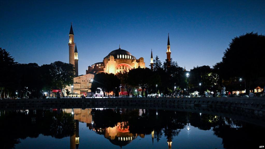 شراء الإيرانيين للمنازل في تركيا يصل إلى ذروته في أغسطس
